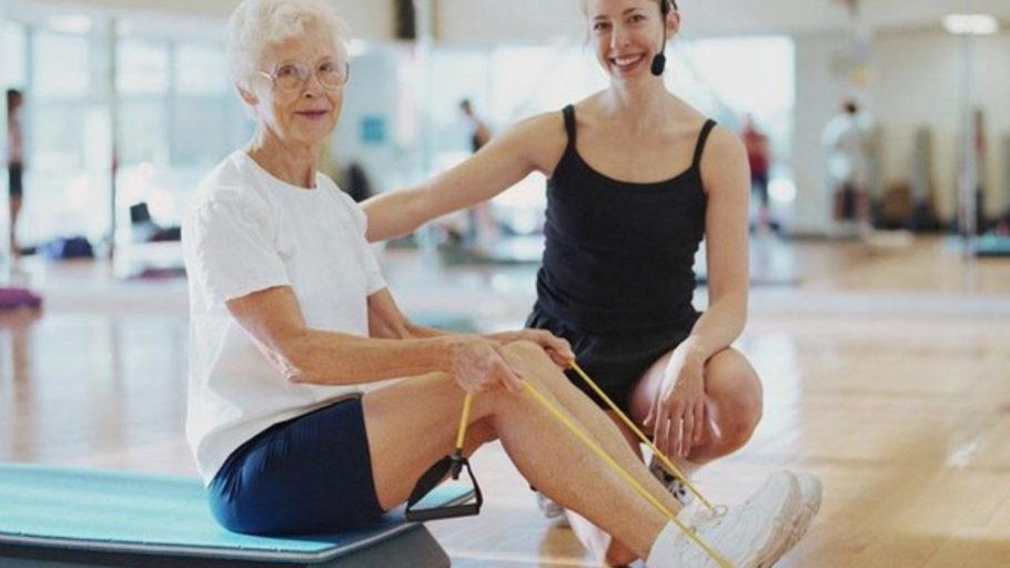 Заниматься спортом никогда не поздно. Даже в пожилом возрасте можно добиться значительного снижения артериального давления