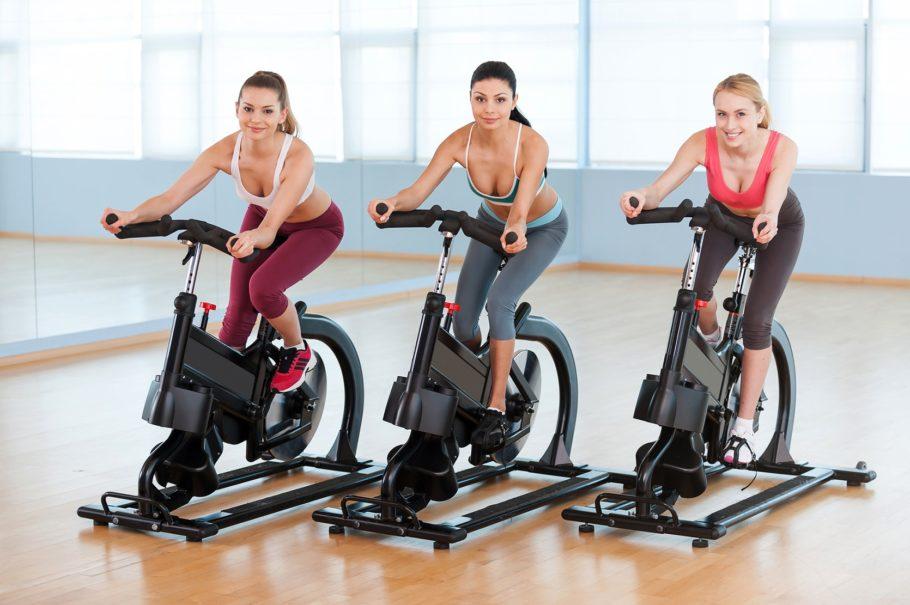 С помощью специальной программы, контролируйте свой пульс и используйте оптимальный тренировочный режим для ваших ног