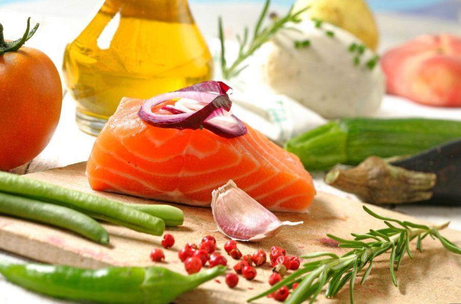 Есть масса рецептов, по которым готовят не только полезные, но и вкусные деликатесы