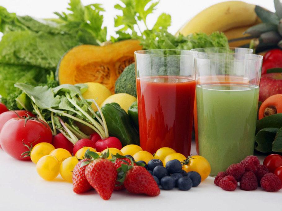 Отлично помогают следующие соки и отвары плодов: клюквенный,брусничный