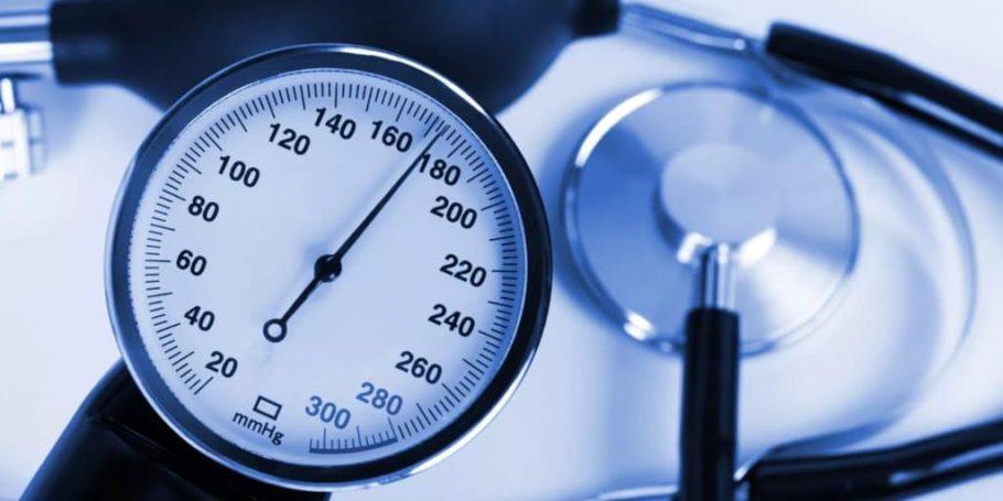 Пациенты с лабильным давлением практически здоровы, но при этом им необходимо постоянно контролировать свое состояние