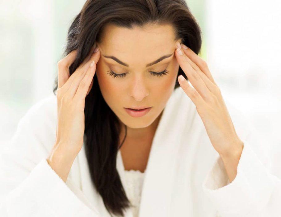 При длительном лечении могут вызывать гормональные расстройства