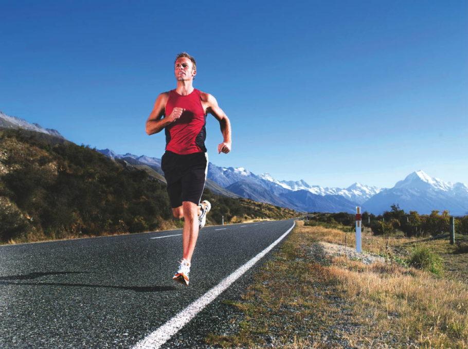 Благодаря зарядке при простатите происходит естественный массаж простаты и улучшается кровоток