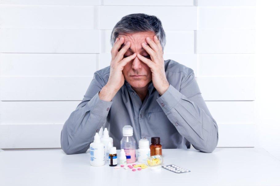 Сегодня при диагностировании у пациента старше 60 лет гипертонической болезни, им назначают подходящую лекарственную терапию